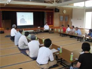 2008/08/09興居島での交流会説明風景