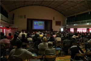 興居島の文化祭での講演会の様子