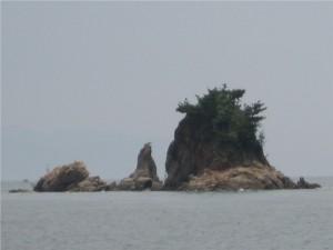 1 高浜港から見たターナー島(四十島)