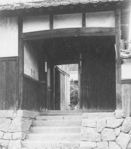 4 宮本生家の入り口